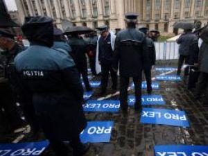 Poliţiştii au protestat la Bucureşti