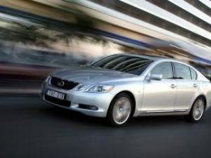 Exclusiv: Lexus GS 460, inginerie de fineţe