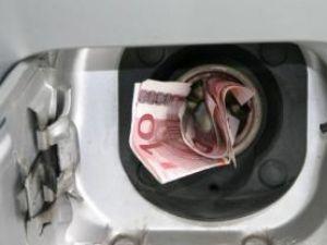 Preţurile la energie electrică, motorină, păcură şi gaze naturale vor creşte anul viitor