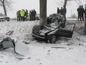 Accident cu patru morţi, petrecut în martie, în satul Braieşti, de un şofer beat