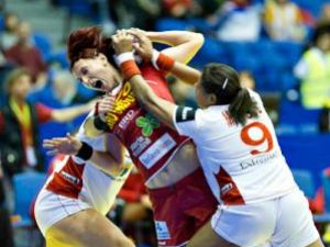 România a obţinut o primă victorie la Campionatul European de handbal feminin