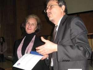 Sofia Vicoveanca, Omul Anului 2010, şi Mugur Andronic, preşedintele Societăţii Culturale Ştefan cel Mare - Bucovina