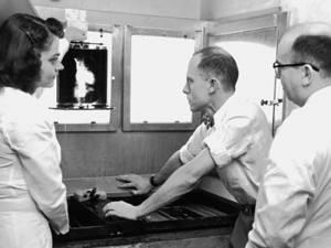 Caravană pentru radiografie medicală