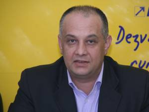 """Alexandru Băişanu: """"Dacă primarul Ion Lungu nu îşi dă demisia, ar trebui un referendum pentru demiterea dumnealui"""""""