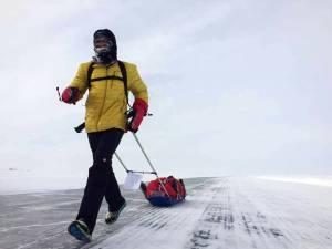 Tibi Uşeriu, omul care a alergat 566 de kilometri la Polul Nord
