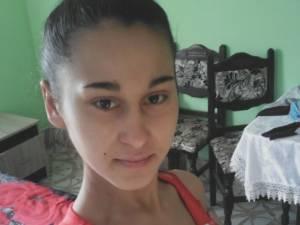 Fată de 14 ani, căutată de poliţie