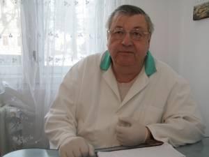 Fostul preşedinte al Colegiului Medicilor Dentişti Suceava, medicul Ioan Costea, a primit interdicţia de a exercita profesia pentru o perioadă de 6 luni