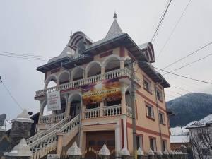Casa din Câmpulung Moldovenesc pe care Abel Viorel Cipeliuc Varvaroi vrea să o dea la schimb pe 100.000 de Biblii