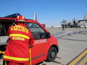 Plan roșu de intervenție după o aterizare forțată și o ciocnire între două aeronave, pe pista Aeroportul Suceava