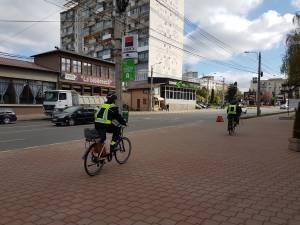 Poliția Locală Suceava patrulează de azi pe biciclete electrice