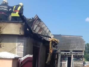 Trei gospodării afectate de un puternic incendiu, la Frăutății Noi