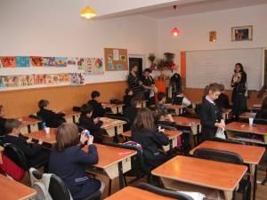 """Înapoi acasă. În ultimul an au revenit 900 de elevi """"stranieri"""""""