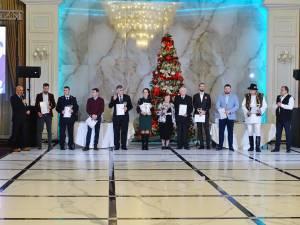 """Laureații Ediției a VIII-a a Galei Monitorul """"Top 10 Suceveni"""" (fără ÎPS Pimen, plecat mai devreme) - Foto: Cosmin Romega"""