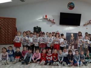 """Copiii de la Grădiniţa cu Program Prelungit ,,Prichindel"""" Suceava au marcat Mica Unire"""