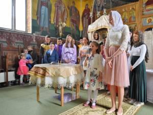 Proiect educațional de parteneriat Școală-Biserică-Familie, la Preutești