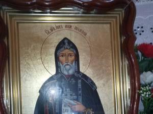 """Praznicul ,,Sf. Cuv Iov de la Poceaev"""", joi, la Parohia """"Sf. Apostoli Petru și Pavel"""""""
