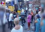 Accident cu 14 răniţi, din cauza unor buşteni căzuţi dintr-un camion cu lemne înmatriculat în Suceava
