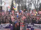 Cel mai mare protest din ţară, la Suceava, în semn de solidaritate cu familia lăsată fără copii în Norvegia