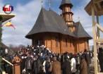 Peste o mie de credincioşi, prezenţi duminică la sfinţirea noii biserici din comuna Straja