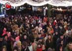 Mii de cadouri pentru copii, împărţite de Moş Nicolae, în centrul Sucevei
