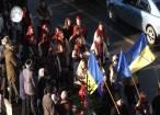 Spectacolul datinilor şi obiceiurilor de iarnă din Bucovina a atras puzderie de lume în centrul Sucevei
