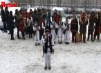 Obiceiurile de Crăciun şi Anul Nou, aduse în casa cotidianului Monitorul de Suceava de elevii din Băneşti şi Stamate